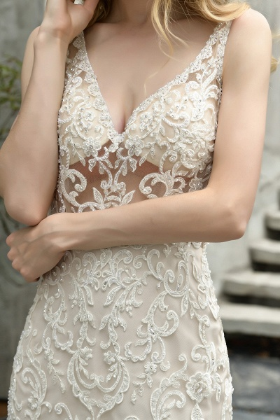 Mermaid V-neck Lace Organza Ruffles Wedding Dress_8