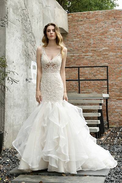 Graceful V-neck Appliques Mermaid Wedding Dress_5