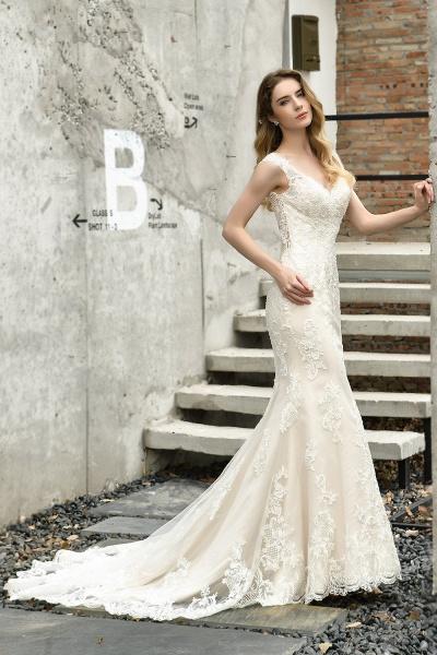 Straps Lace Backless Floor Length Wedding Dresses_7