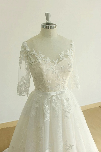 Chic Lace-up Appliques Tulle A-line Wedding Dress_4