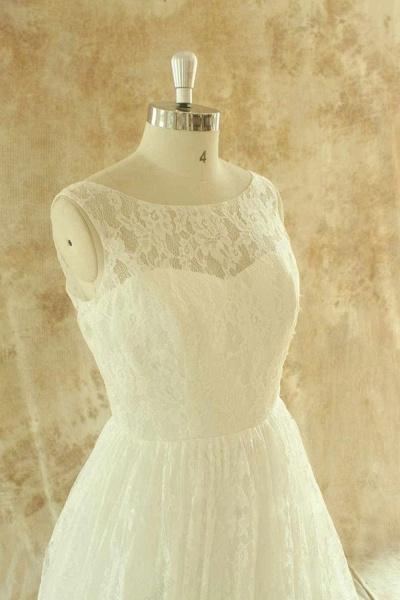 Craceful Lace A-Line Floor Length Wedding Dress_4