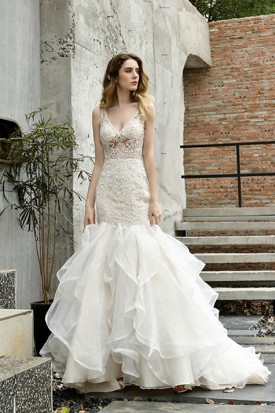 Graceful V-neck Appliques Mermaid Wedding Dress_6