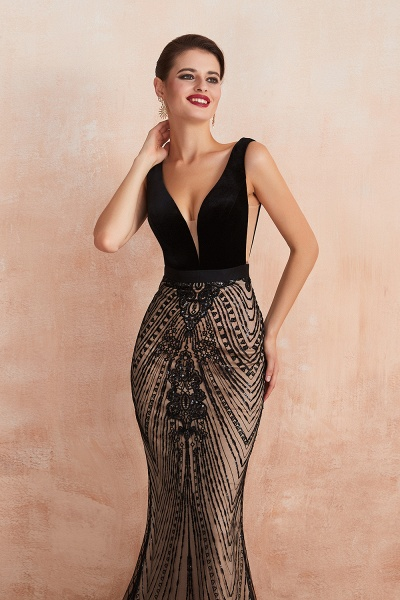 Exquisite V-neck Lace Mermaid Prom Dress_10