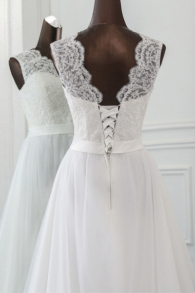 Graceful Lace-up Tulle A-line Wedding Dress_6
