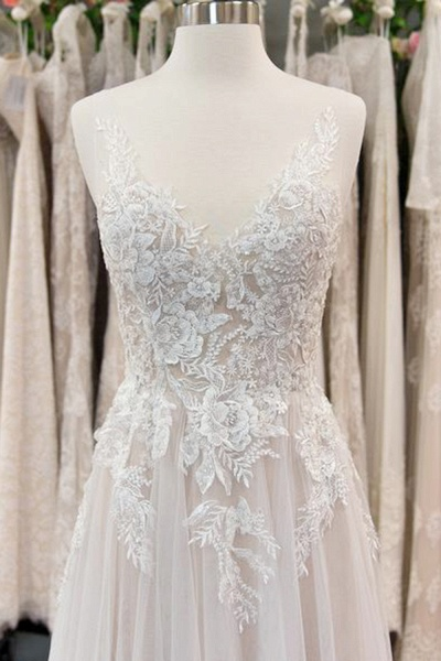 Chic V-neck Appliques Tulle A-line Wedding Dress_3