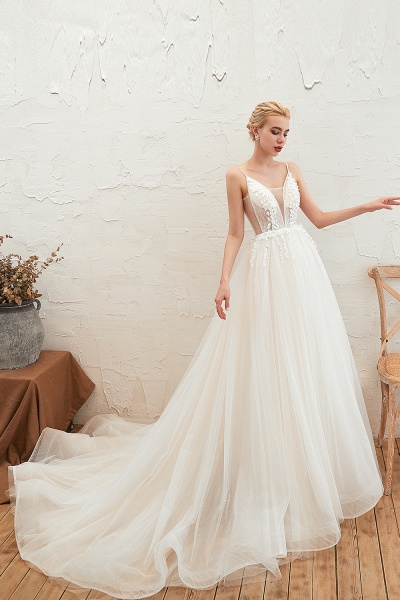 Awesome Spaghetti Strap Tulle A-line Wedding Dress_7