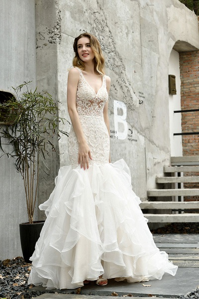 Graceful V-neck Appliques Mermaid Wedding Dress_7