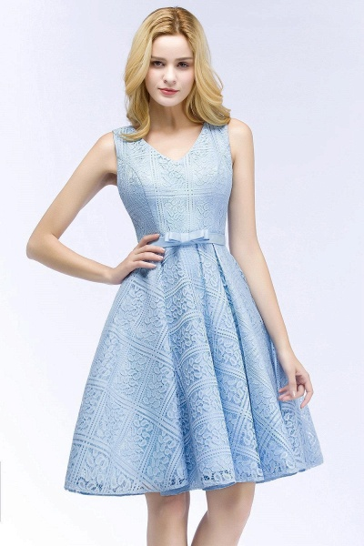 A-line Lace Knee-Length Homecoming Dress_1