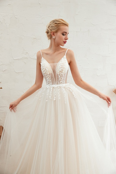 Awesome Spaghetti Strap Tulle A-line Wedding Dress_9