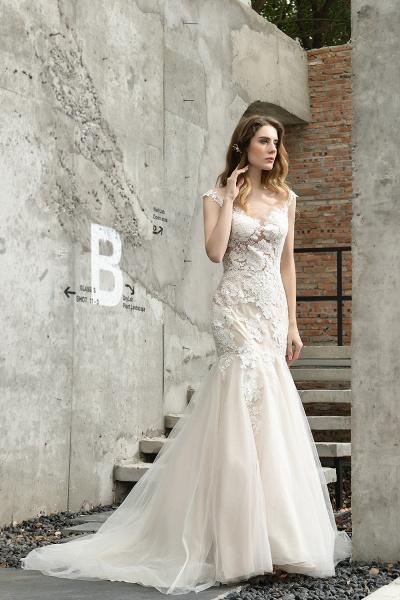 Mermaid Floor Length Lace Tulle Wedding Dresses_8