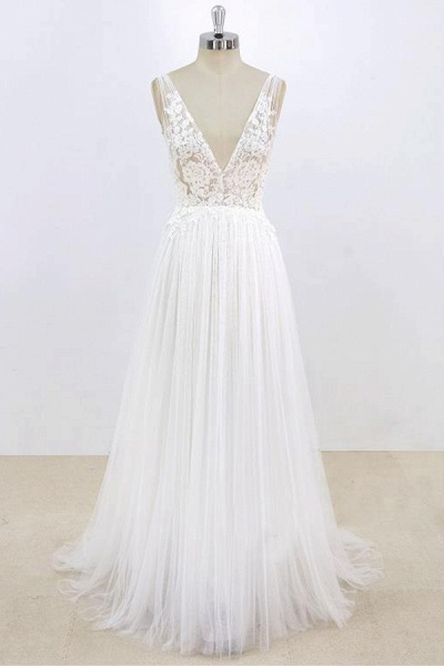 Deep V-neck Lace A-line Tulle Wedding Dress_1