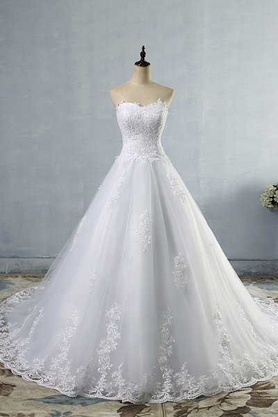 Chic Strapless Appliques A-line Tulle Wedding Dress_1