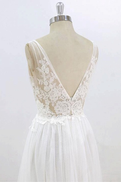 Deep V-neck Lace A-line Tulle Wedding Dress_7