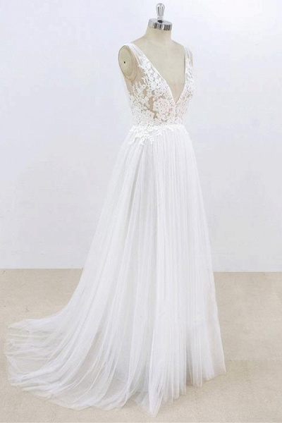 Deep V-neck Lace A-line Tulle Wedding Dress_4