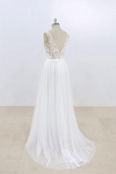 Deep V-neck Lace A-line Tulle Wedding Dress_5