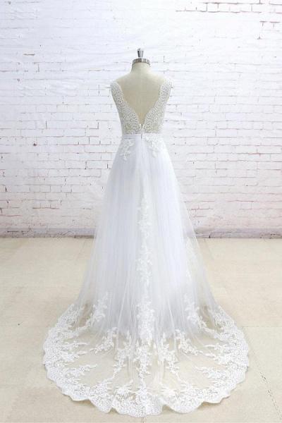 Graceful Appliques V-neck Tulle A-line Wedding Dress_3