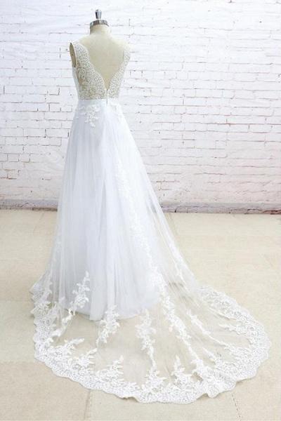 Graceful Appliques V-neck Tulle A-line Wedding Dress_5