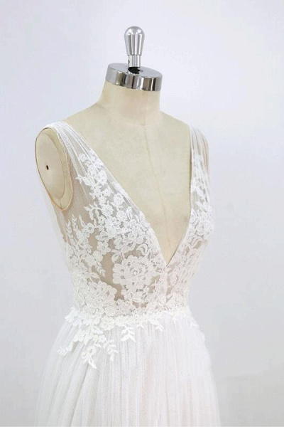 Deep V-neck Lace A-line Tulle Wedding Dress_6