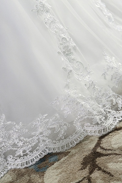 Chic Strapless Appliques A-line Tulle Wedding Dress_7