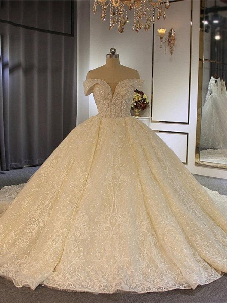 Luxury Off-the-Shoulder Lace-Up Ball Gown Wedding Dresses with Beading_1