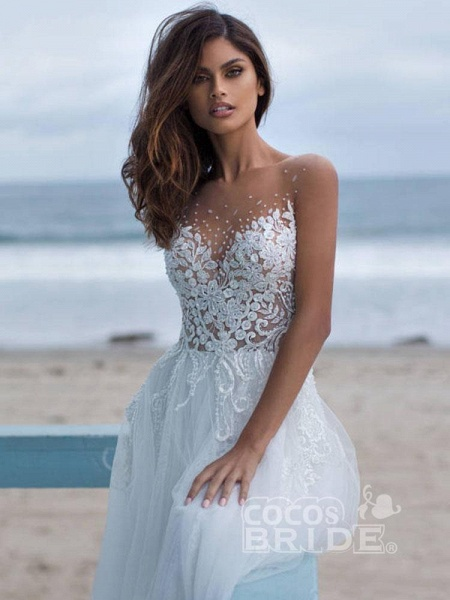 Elegant Lace Covered Button Ball Gown Wedding Dresses_4