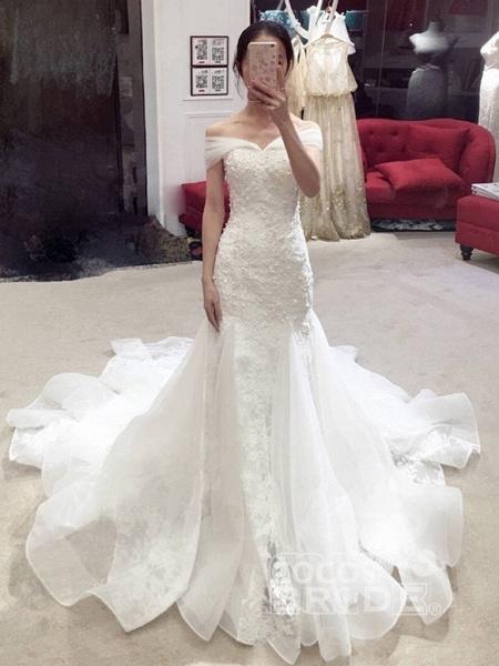 Sexy Mermaid Off-the-shoulder Chapel Train Lace Applique Wedding Dress_3