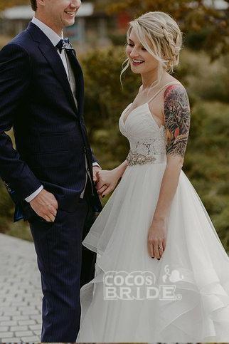 Charming Lace Ruffles Tulle Puffy Spaghetti Strap Beach Wedding Dress_4