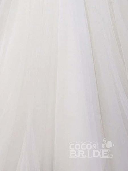 Gorgeous V-Neck Lace Mermaid Wedding Dresses_3