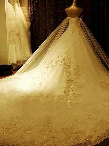 Luxury Sweetheart Crystal Ball Gown Wedding Dresses_1
