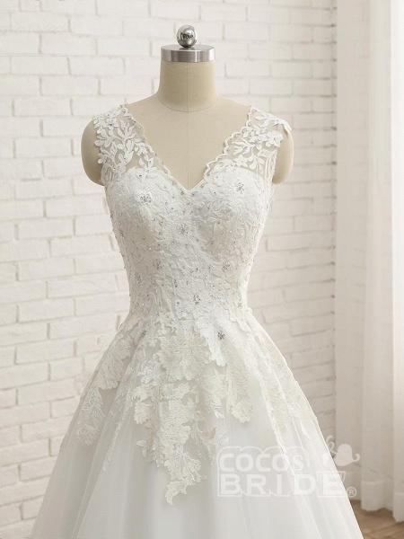 Elegant V-Neck Lace Ball Gown Wedding Dresses_5