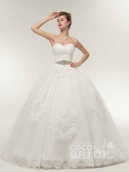 Off-The-Shoulder Lace Ball Gown Wedding Dresses_2