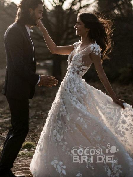 Deep V Neck Short Sleeve Backless A Line Wedding Dresses_3