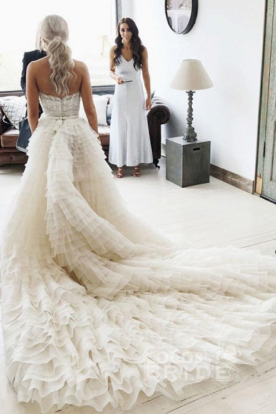 A-Line Strapless Tiered Court Train Ivory Tulle Beach Wedding Dress_2