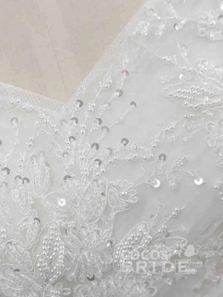 Gorgeous Cap Sleeves Sequins Lace-Up Ball Gown Wedding Dresses_5
