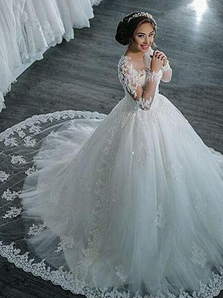 Elegant Long Sleeves Lace Appliques Ball Gown Wedding Dresses_1
