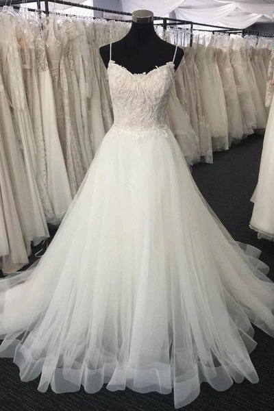 Sweetheart Neck Long White Lace Wedding Dress_1