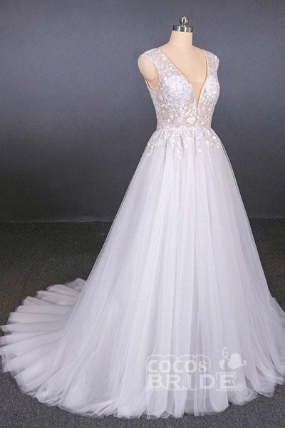 Sexy V Neck Tulle with Lace Appliques A Line Backless Wedding Dress_5