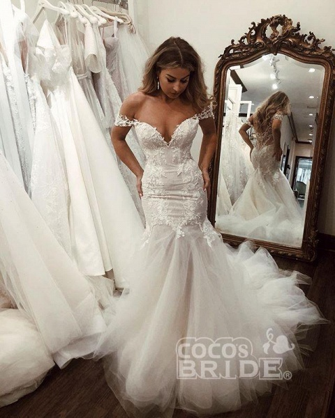 Off the Shoulder Mermaid Lace Long Tulle Wedding Dress_6