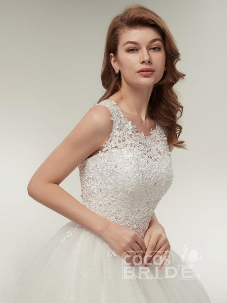 Glamorous Appliques Lace Up Ball Gown Wedding Dresses_5