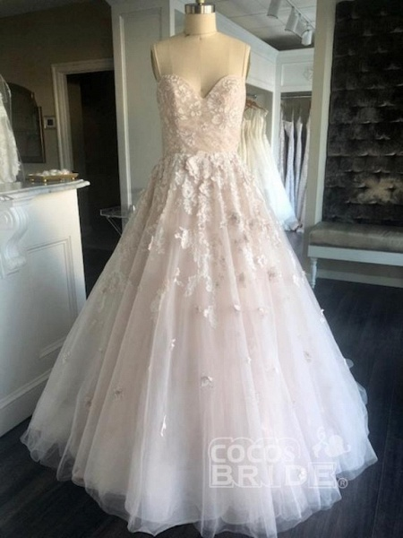 Spaghetti Straps Sweetheart Backless Puffy Tulle Wedding Dress_2