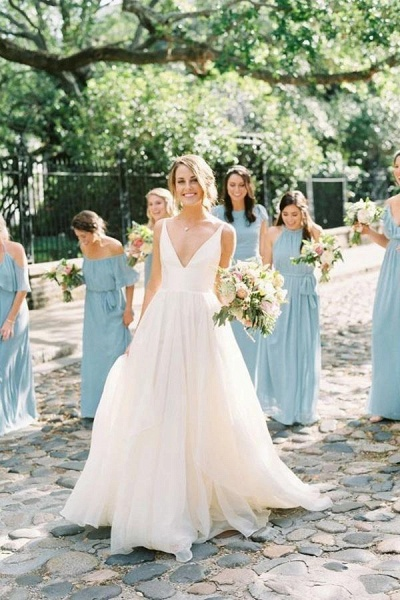 Simple V Neck Sleeveless Ivory Chiffon Beach Wedding Dress_1