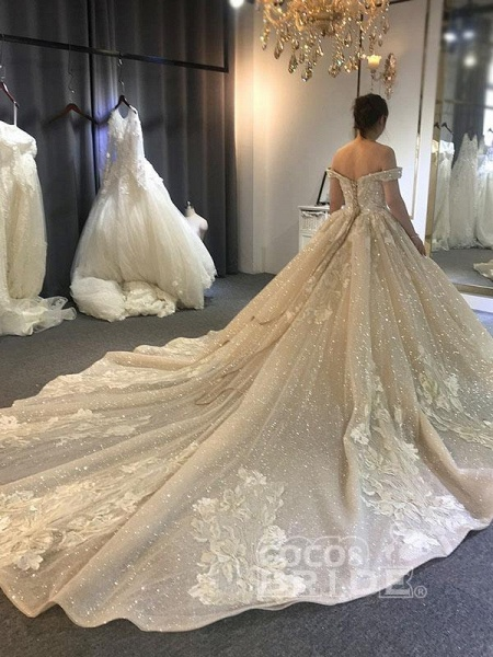 Luxury Beading Off-the-Shoulder With Train Ball Gown Wedding Dresses_2
