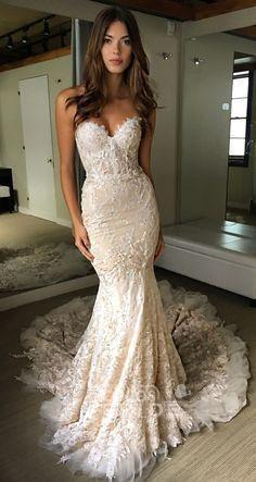 Luxurious Sweetheart Strapless Lace Trumpet Court Train Wedding Dress_3