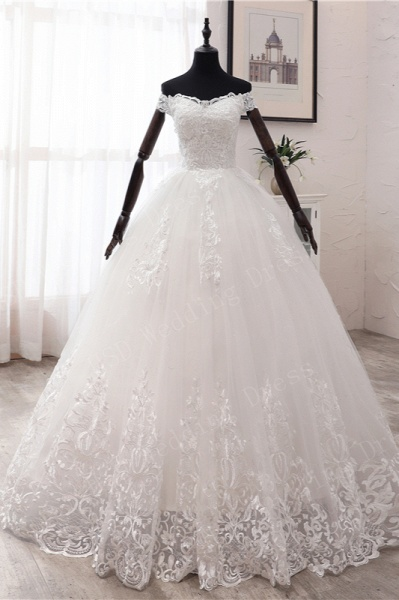 Long Ball Gown Off-the-shoulder Tulle Wedding Dress with Lace Appliques
