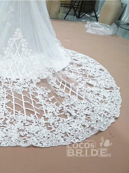 Modest Long Sleeves Lace Appliques Mermaid Wedding Dresses_8