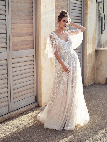 Cheap V Neck Half Sleeve Lace Boho Wedding Dresses_1