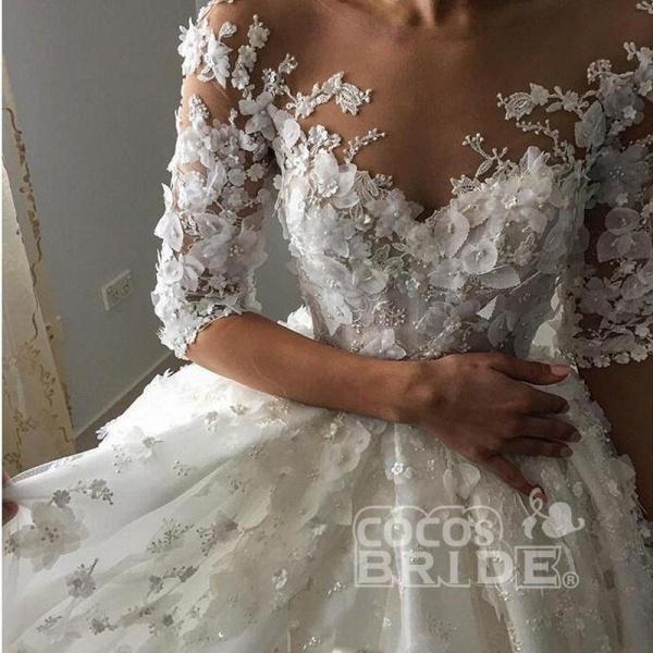 Vintage Appliqued Half Sleeve Flowers Ball Gown Luxury Tulle Wedding Dress_3