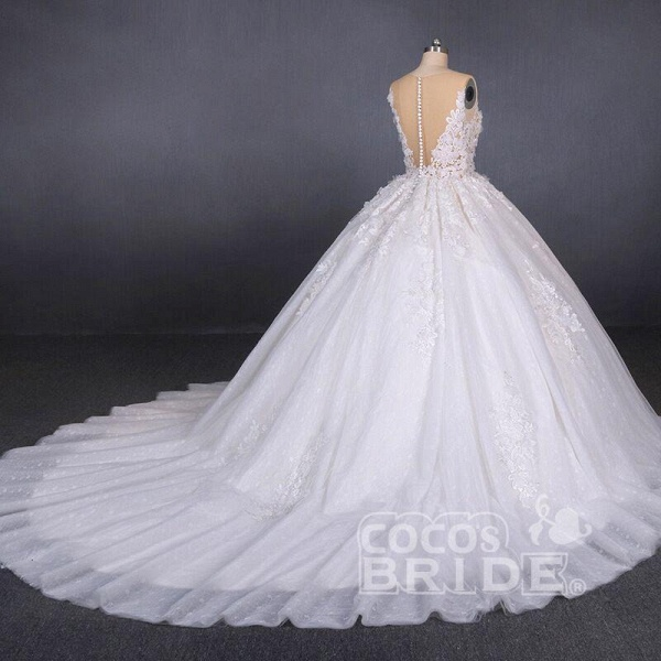 Ball Gown Sheer Neck Sleeveless White Lace Appliqued Wedding Dress_4