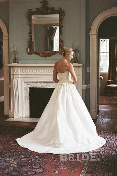 A-line V-neck Sleeveless Spaghetti Strap Lace Beach Wedding Dress_2