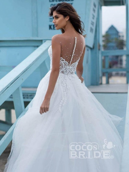 Elegant Lace Covered Button Ball Gown Wedding Dresses_3